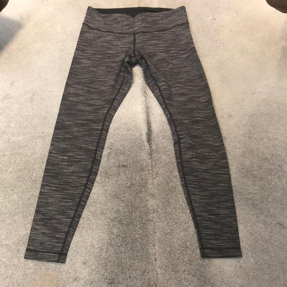 Lululemon Wunder Under Pant size 10.